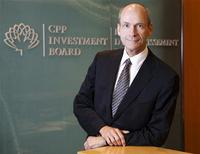 Canadian Pension Plan Investment Board (CPPIB) CEO David Denison poses in Toronto in this picture taken August 5, 2010.   REUTERS/Mark Blinch