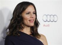 "Producer and cast member Jennifer Garner, who is pregnant with her third child, arrives at a screening of the film ""Butter"" during AFI Fest 2011 in Hollywood November 6, 2011. REUTERS/Danny Moloshok"