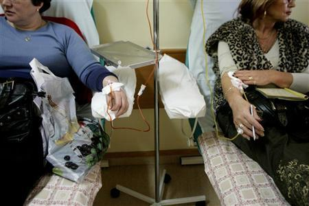 Patients are seen at the Cancer Center and Institute of Oncology in Warsaw February 8, 2007.    REUTERS/Katarina Stoltz