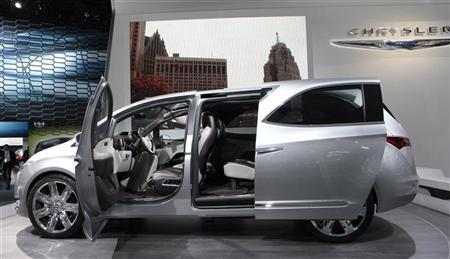 The Chrysler 700 C concept van is displayed on the final press preview day for the North American International Auto Show in Detroit, Michigan, January 10, 2012. REUTERS/Rebecca Cook