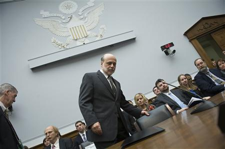 Fed Chairman Ben Bernanke takes his seat to testify about monetary policy before the House Financial Services on Capitol Hill, February 29, 2012.  REUTERS/Jonathan Ernst
