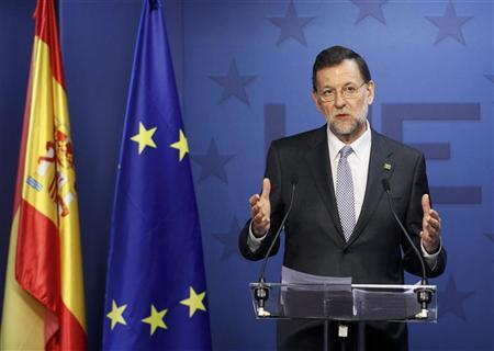 Spain's Prime Minister Mariano Rajoy holds a news conference at the end of a European Union leaders summit in Brussels March 2, 2012.  REUTERS/Yves Herman
