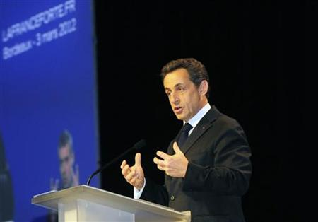 Nicolas Sarkozy, France's President and UMP party candidate for the 2012 French presidential election, delivers a speech during a campaign rally in Bordeaux March 3, 2012.   REUTERS/Loic Le Loet