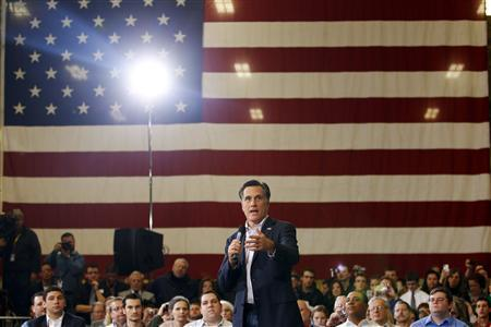 Mitt Romney speaks during a campaign stop in Youngstown, Ohio March 5, 2012.   REUTERS/Brian Snyder