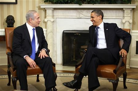 U.S. President Barack Obama welcomes Israeli Prime Minister Benjamin Netanyahu to the Oval Office of the White House in Washington, March 5, 2012. REUTERS/Jason Reed