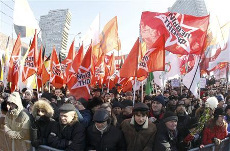 Protesters take part in a demonstration for fair elections on Novy Arbat Street in central Moscow March 10, 2012. REUTERS/Sergei Karpukhin