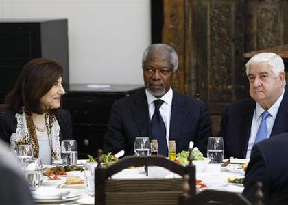 U.N.-Arab League envoy Kofi Annan (C), Syria's Foreign Minister Walid al-Moualem (R) and Bouthaina Shaaban, adviser of Syria's President Bashar al-Assad attend a working lunch at a restaurant in the old Damascus March 10, 2012.REUTERS/Khaled al-Hariri (SYRIA - Tags: POLITICS CIVIL UNREST)