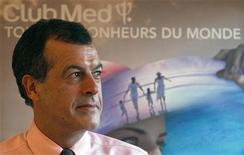 <p>Henri Giscard d'Estaing, PDG de Club Med. Club Méditerranée a annoncé lundi un chiffre d'affaires en hausse de 6,0% au premier trimestre, supérieur aux attentes de certains analystes, et une progression de 3,7% de ses réservations d'hiver grâce à un effet de base de plus en plus favorable en Europe. /Photo d'archives/REUTERS/ Charles Platiau</p>