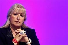 <p>Nayla Hayek, la présidente du conseil d'administration de Swatch Group, a déclaré que les réductions de livraisons de mouvements et de composants horlogers s'appliquaient de manière uniforme à toutes les marques de montres, y compris à celles du groupe biennois. /Photo d'archives/REUTERS/Christian Hartmann</p>