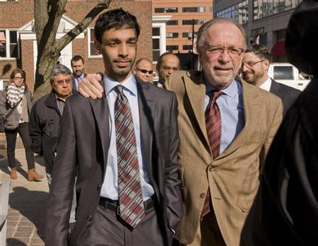 Dharun Ravi, a Rutgers University student charged with bias intimidation, leaves the Superior Courthouse of New Jersey in Middlesex County with his attorney Steven D. Altman, in New Brunswick, N.J., February 21, 2012. REUTERS/ Mark Dye