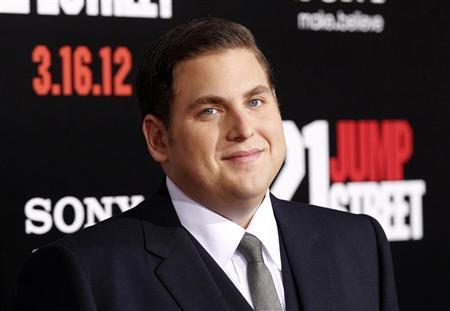 Cast member Jonah Hill poses at the premiere of ''21 Jump Street'' at the Grauman's Chinese Theatre in Hollywood, California March 13, 2012. REUTERS/Mario Anzuoni