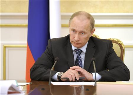 Russia's Prime Minister Vladimir Putin meets with members of the Government Presidium in Moscow March 15, 2012. REUTERS/Yana Lapikova/RIA Novosti/Pool