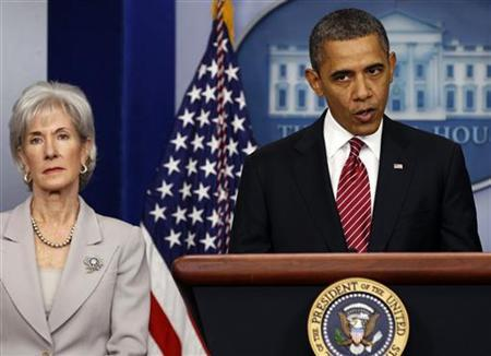 U.S. President Barack Obama makes a statement next to Secretary of HHS Kathleen Sebelius about contraceptive care funding in the press room of the White House in Washington, February 10, 2012. REUTERS/Larry Downing