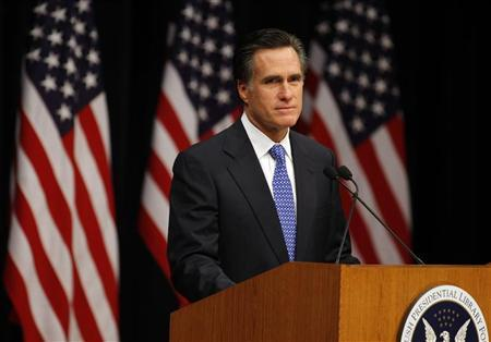 Republican presidential candidate former Massachusetts Governor Mitt Romney pauses while delivering an address titled ''Faith in America'' at the George Bush Presidential Library in College Station,Texas, December 6, 2007. REUTERS/Jessica Rinaldi