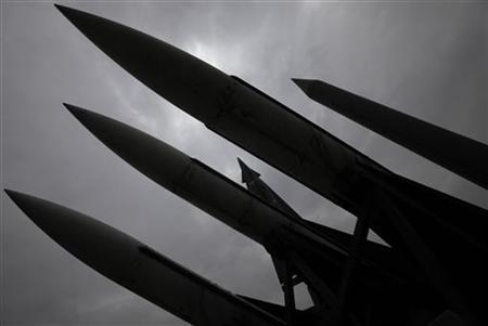 Models of a North Korean Scud-B missile (R) and South Korean missiles are displayed at the Korean War Memorial Museum in Seoul March 16, 2012. REUTERS/Lee Jae-Won