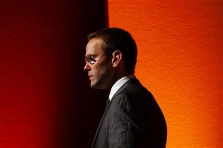 BSkyB Chairman James Murdoch, who is also head of News Corp in Europe and Asia, walks off stage after a rehearsal for his James MacTaggert Memorial lecture as part of the Media Guardian Edinburgh International TV Festival in Edinburgh, Scotland, August 28, 2009. REUTERS/David Moir