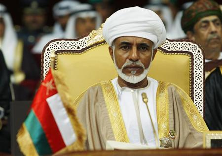 Oman's leader Sultan Qaboos bin Said attends the opening of the Gulf Cooperation Council (GCC) summit in Doha December 3, 2007. REUTERS/Fadi Al-Assaad