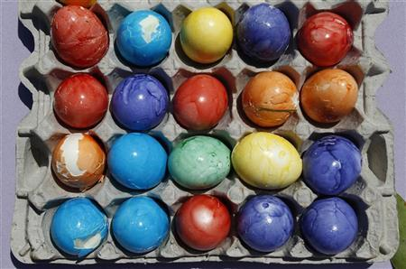 Colored eggs used in the annual Easter Egg Roll are seen at the White House in Washington, April 25, 2011. REUTERS/Jim Young