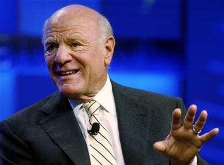 Barry Diller, chairman and CEO of InterActiveCorp, speaks at the Fortune Brainstorm Tech conference in Pasadena, California July 24, 2009. REUTERS/Fred Prouser