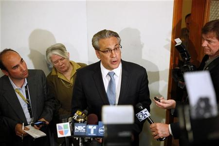 San Francisco Sheriff Ross Mirkarimi announces to members of the media that he will not resign from his post, at San Francisco City Hall March 20, 2012. REUTERS/Beck Diefenbach