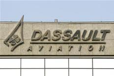 <p>Dassault Aviation table pour 2012 sur un chiffre d'affaires comparable à celui de 2011 et affiche sa prudence malgré le début de reprise constatée sur le marché des avions d'affaires. /Photo prise le 22 mars 2012/REUTERS/Benoît Tessier</p>