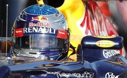 Piloto da equipe de Fórmula 1 Red Bull, Sebastian Vettel, durante o Grande Prêmio australiano de F1, no circuito Albert Park, em Melbourne. Vettel sente que sua equipe Red Bull precisa de mais tempo na pista para afinar seu projeto para 2012. 18/03/2012  REUTERS/Brandon Malone