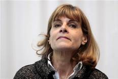 <p>Le ministère de l'Economie a donné son feu vert au versement de 1,5 million d'euros d'indemnités de départ à l'ancienne présidente du directoire d'Areva Anne Lauvergeon, selon l'entourage de François Baroin. /Photo prise le 16 janvier 2012/REUTERS/Charles Platiau</p>