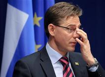 """<p>Le Premier ministre conservateur Jyrki Katainen. La Finlande, cherchant à conserver sa note """"triple A"""", a annoncé jeudi une augmentation de la TVA pour l'an prochain, tout en décidant de procéder à des coupes budgétaires modestes sur les années à venir, cédant à la pression des partis de gauche de la coalition au pouvoir. /Photo prise le 2 mars 2012/REUTERS</p>"""