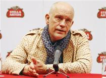 U.S. actor John Malkovich speaks during a news conference in Lima October 27, 2011. REUTERS/Enrique Castro-Mendivil