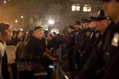 Police arrest 14 in two New York Occupy protests
