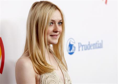 Actress Dakota Fanning arrives at the 23rd annual Gay and Lesbian Alliance Against Defamation (GLAAD) Media Awards in New York March 24, 2012. REUTERS/Andrew Kelly
