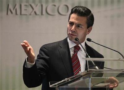 Mexico presidential favorite Pena Nieto has clear...