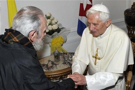 Pope Benedict XVI meets former Cuban leader Fidel Castro in Havana March 28, 2012. REUTERS/Alex Castro-Cubadebate/Handout