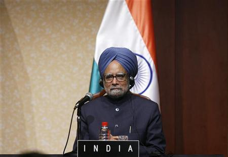 Prime Minister Manmohan Singh is seen in Hokkaido, July 8, 2008. REUTERS/Vivek Prakash/Files
