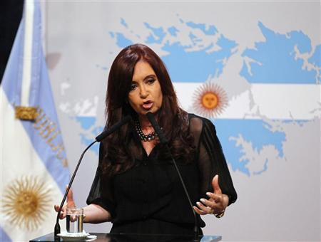 Argentine President Cristina Fernandez de Kirchner delivers a speech at the Government House in Buenos Aires February 7, 2012. REUTERS/Enrique Marcarian