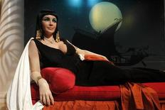 The wax figure of actress Elizabeth Taylor in her role as 'Cleopatra' is pictured at Madame Tussauds Hollywood in Hollywood, California March 23, 2011. REUTERS/Fred Prouser