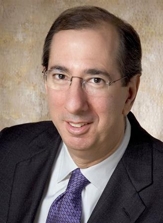 リチャード・カッツ氏は、オリエンタル・エコノミスト・レポート&アラート代表(編集長)。ニューヨーク州立大学ストーニブルック校の客員講師(経済学)、ニューヨーク大学スターンビジネススクール助教授、米外交問題協議会特別委員会委員などを歴任し、現職。日本に関する著作が多く、日米関係や日本の金融危機について米国議会で証言も。
