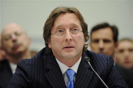Hedge fund manager Philip Falcone testifies before a US House Oversight and Government Reform Committee hearing on the regulation of hedge funds, on Capitol Hill in Washington, November 13, 2008. REUTERS/Jonathan Ernst