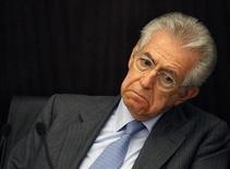 Il presidente del Consiglio Mario Monti . REUTERS/Alessandro Bianchi