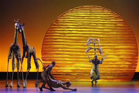 The cast of ''The Lion King'' performs the opening number at the 62nd Annual Tony Awards in New York, June 15, 2008. REUTERS/Gary Hershorn