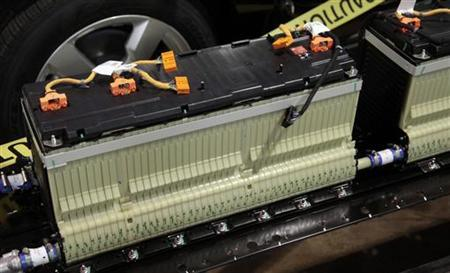A section of the lithium-ion battery pack that was removed from a Chevrolet Volt electric vehicle is viewed at a design studio in Troy, Michigan January 18, 2012. REUTERS/Rebecca Cook