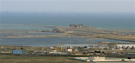 A view shows a construction site of the so-called ''Khazar Islands'' or ''Caspian Islands'' project outside Baku, April 9, 2012.  REUTERS/Osman Karimov