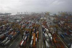 A general view of the Brani terminal of the PSA Corporation Pte. Ltd. in Singapore January 11, 2007. REUTERS/Nicky Loh