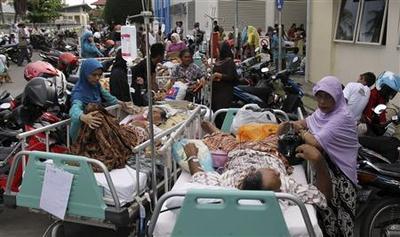 Indonesia quake a record, risks for Aceh grow