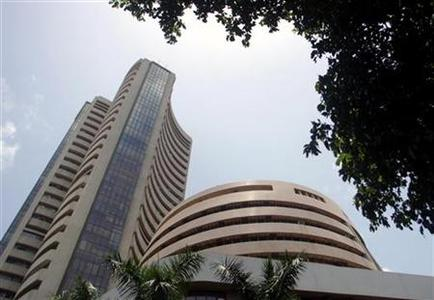 The Bombay Stock Exchange (BSE) building is seen in Mumbai May 22, 2006. REUTERS/Punit Paranjpe/Files