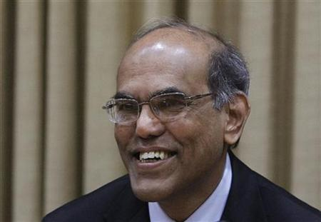 Reserve Bank of India (RBI) Governor Duvvuri Subbarao smiles during the monetary policy review meeting in Mumbai April 17, 2012. REUTERS/Vivek Prakash