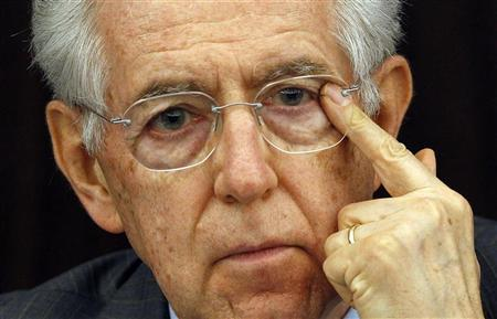 Italy's Prime Minister Mario Monti gestures during a news conference about the labor reforms in Rome April 4, 2012. REUTERS/Alessandro Bianchi