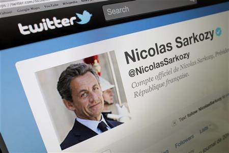 The official Twitter page of France's President Nicolas Sarkozy is seen on a computer screen in Paris February 15, 2012. REUTERS/Mal Langsdon