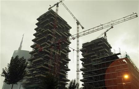 New buildings under construction are seen in Milan April 18, 2012 . REUTERS/ Stefano Rellandini