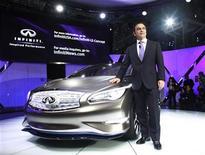 <p>Carlos Ghosn, le PDG de Nissan. Le constructeur japonais affilié de Renault va démarrer la fabrication de ses modèles haut de gamme Infiniti en Chine à partir de 2014 pour concurrencer ses homologues allemands sur le premier marché automobile mondial. /Photo prise le 5 avril 2012/REUTERS/Allison Joyce</p>